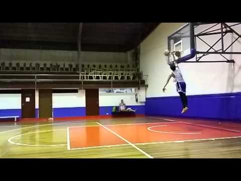 Dunk at Pmi Colleges Q.C