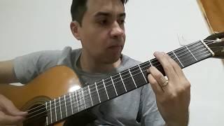 Marcelo S. M. interpreta o hino Nesta noite feliz (Basta que me toques) no violão