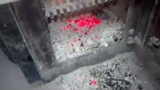 видео Котлы длительного горения на твердом топливе Бош (Bosch) на дровах, угле, древесных отходах