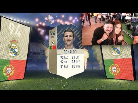 FIFA 18 PACK OPENING! RONALDO IN A PACK! ICON IN A PACK!