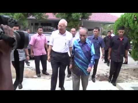 Najib Razak : Melawat Bekas Menteri Besar Pahang Tan Sri Haji Abdul Rashid Abdul Rahman