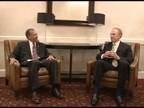 Leaders Lead: Roger Staubach-A Strong Foundation