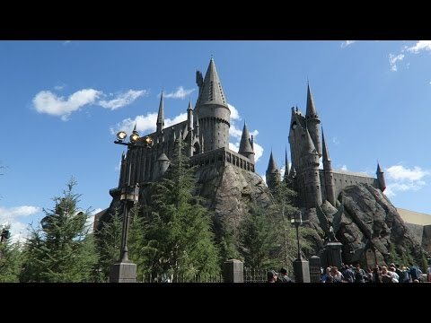 UNIVERSAL STUDIOS HOLLYWOOD | Part Two | Waterworld Show, Hogsmeade Was Open & More Harry Potter Fun