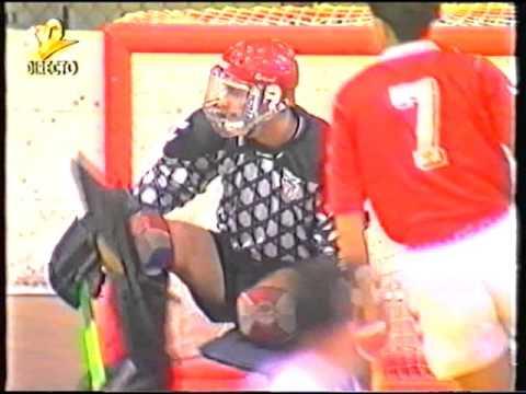 Hoquei em Patins :: 04J :: Benfica - 4 x Sporting - 3 de 1993/1994