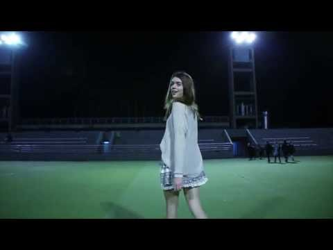 Video de 15 de Cami - Hit The Lights (Selena Gomez)