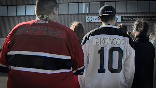 Canadians support Humboldt Broncos with