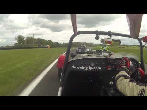 Cadwell Park Race 2 - Caterham Graduates Championship 2015, Sigma Class
