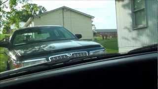 POLICE CAR RAMMING A CAR FORD CROWN VIC POLICE INTERCEPTOR GO RHINO !!!