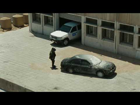 """The Hurt Locker"" - Intense Bomb Disposal Scene Clip [HQ]"