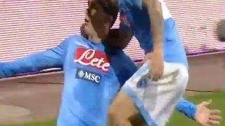 Callejon-Mertens, il Napoli batte 2-0 la Juve al San Paolo (30.03.14)