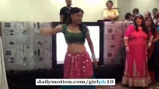 Sweet Girls Pakistani Wedding Dance on