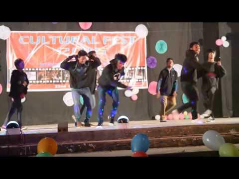 Dj Dance .ek Baar Dekhu ......
