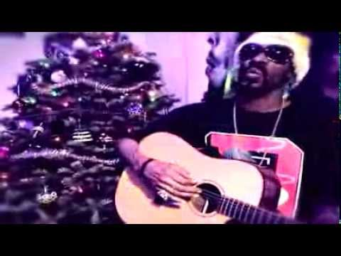Snoop Dogg - (Blue) Xmas (prod. Fredwreck) [Music Video]