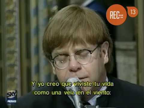 Elton John dedica canción a la fallecida Diana de Gales (1997)