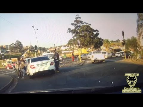 Carjacking Unfolds on Dash Cam | Active Self Protection