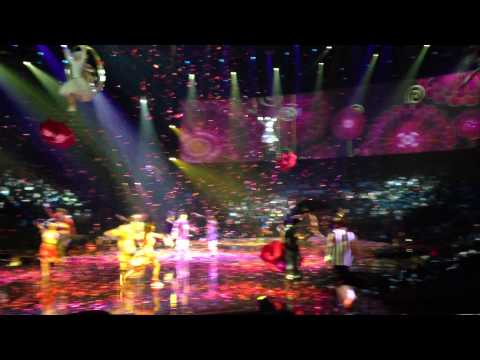 hey jude cirque du soleil beatles LOVE closing number video clip