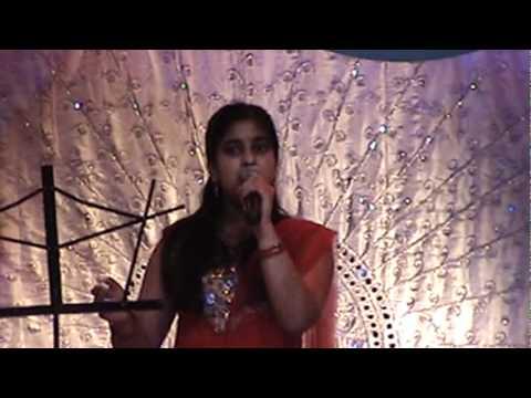 Anusha singing Gum Sum Gum at Swar Bahaar