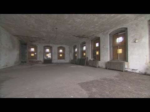 Inside the Ellis Island immigrant hospital