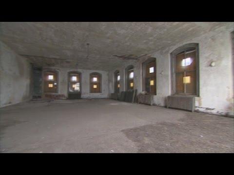 Inside the Ellis Island immigrant hospital - YouTube