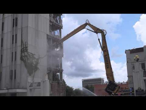 OLD LEDGER ENQUIRER BUILDING IS COME DOWN IN COLUMBUS,GA, 5-28-2015MAH01528