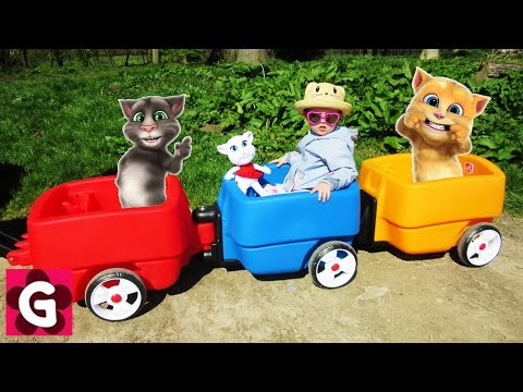 Little Baby Playing with Talking Tom / Three Little Kittens / Baby Nursery Rhymes Song