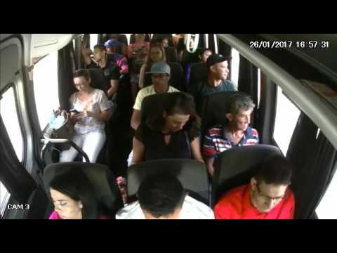Assalto a ônibus - Pense duas vezes antes de raagir