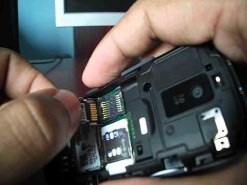 Nokia Asha 202 - Colocando Cartão MicroSD