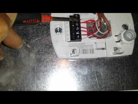 hqdefault?sqp= oaymwEWCKgBEF5IWvKriqkDCQgBFQAAiEIYAQ==&rs=AOn4CLD92U1 qOYau0y5ZQdSypsbOyNV6A installing honeywell humidistat youtube honeywell h46c wiring diagram at webbmarketing.co