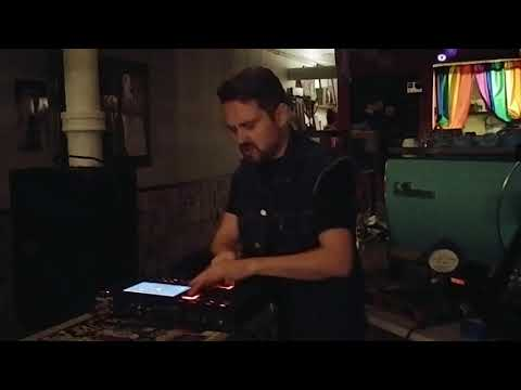 Fresh Kils (Live @ The Chipped Cup, Harlem, New York)