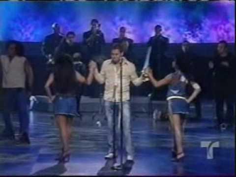 """Concierto y Homenaje a su tierra """"PUERTO RICO""""  Victor Manuelle (LIVE ) with best HQ"""