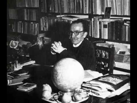 Nikos Kazantzakis-.Α part of the interview in French radio.1955