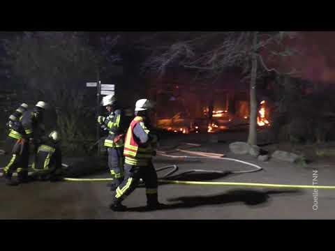 Brand im Affenhaus im Krefelder Zoo