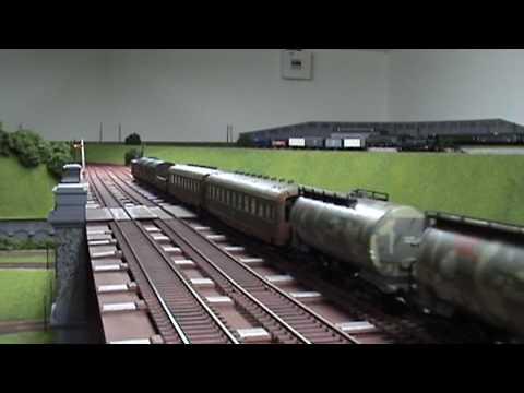military train ho scale lilliput engine marklin wagons
