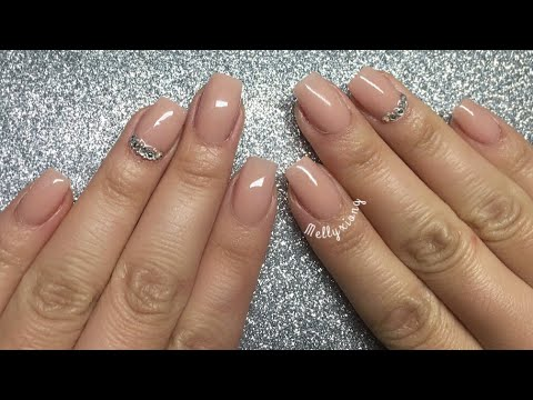 nails acrylic simple