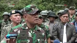 Video TNI Buru Kelompok Kriminal Bersenjata yang Sandera Warga download MP3, 3GP, MP4, WEBM, AVI, FLV Oktober 2018