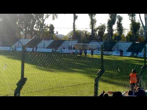 El Ogro Fabbiani volvió al gol después de vencer un tumor