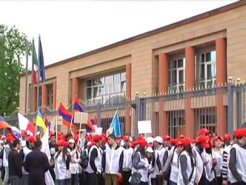 ARMENIA молдежное движение МИАСИН лидер Акоп Акопян признание геноцида  22 04