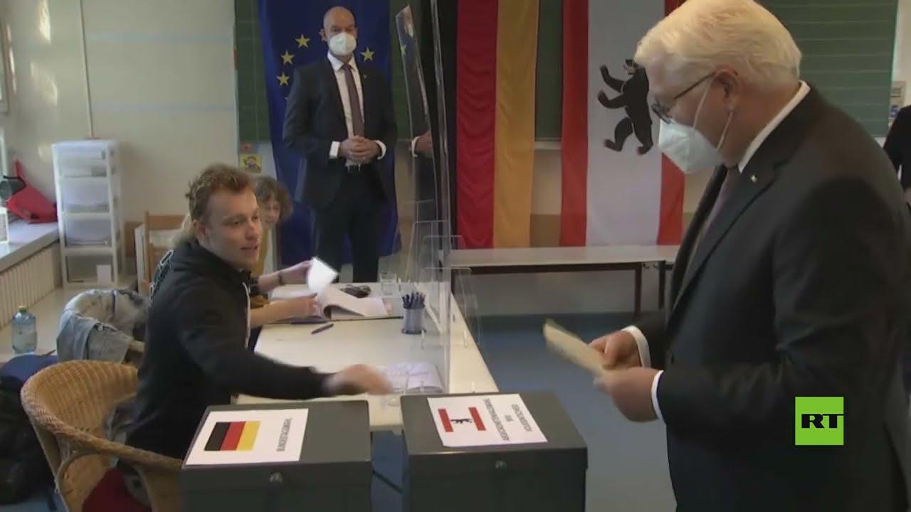 رئيس ألمانيا شتاينماير  يدلي بصوته في انتخابات البوندستاغ  - نشر قبل 44 دقيقة