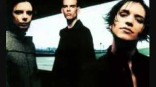 Placebo - Devil in the details (with lyrics)