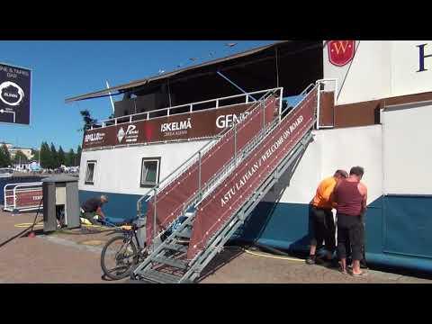 Hotel ship Wuoksi at Kuopio City Center harbor - Hotellilaiva Wuoksi Kuopion satama