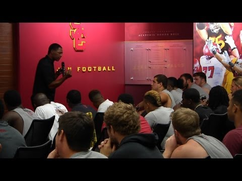 USC Football - Marcus Allen Speaks to the Team
