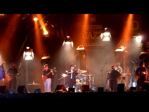 Emir Kusturica & The No-Smoking Orchestra - Intro/Soviet Anthem (Live at Montreal Jazz Fest)