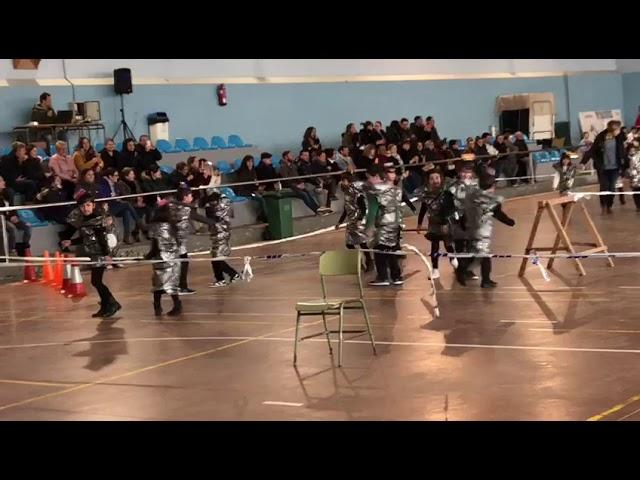 Carnaval no colexio de Sanxenxo que sufriu un tornado
