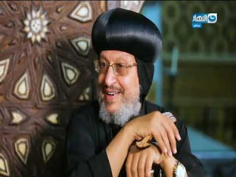 #باب_الخلق I محمود سعد يشعل شمعه من داخل كنيسة الشهيد مار جرجس في ذكرى الاحتفال به .