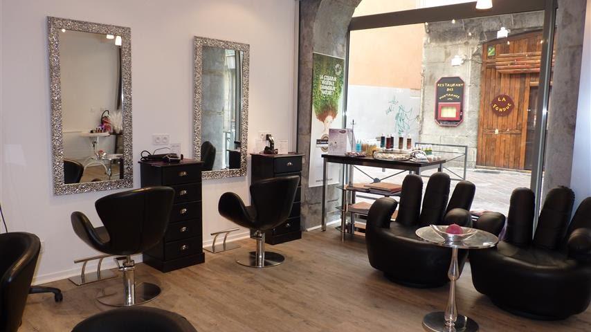 Salon de coiffure à Sfax Tunisie - Bonnes-adresses.tn - YouTube