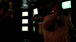 "Karaoke: Chumbawamba ""Tubthumping"
