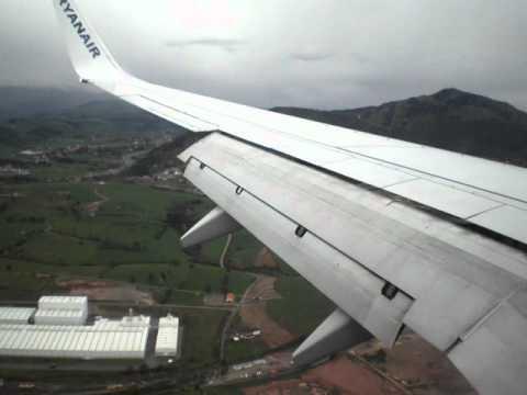 Aterrizaje en sevilla vueling airbus a320 landing en se for Oficina ryanair madrid