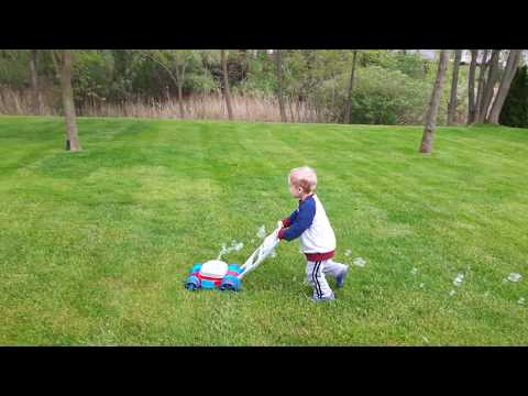 Fisher Price Bubble Lawn Mower - Moving For Bubbles Is Serious Business!