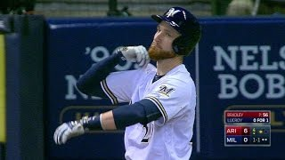 Arimil Lucroy Can&39t Stop Tapping His Shoulder