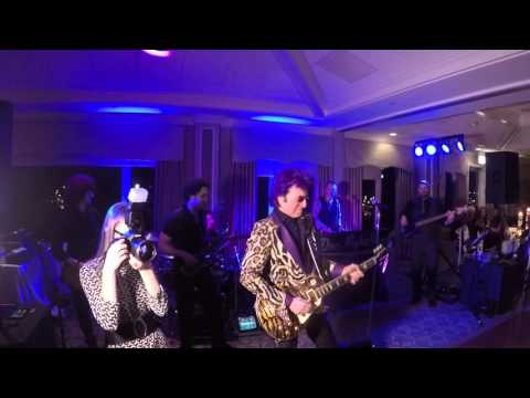 Eye Of The Tiger performed with Jim Peterik (Founder of Survivor and co-writer of the song)